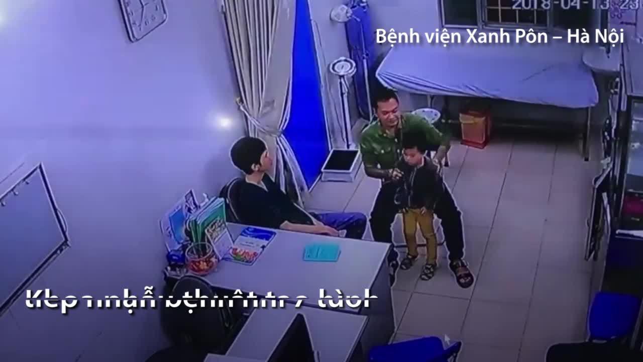 Người nhà bệnh nhân hành hung bác sĩ ở Hà Nội