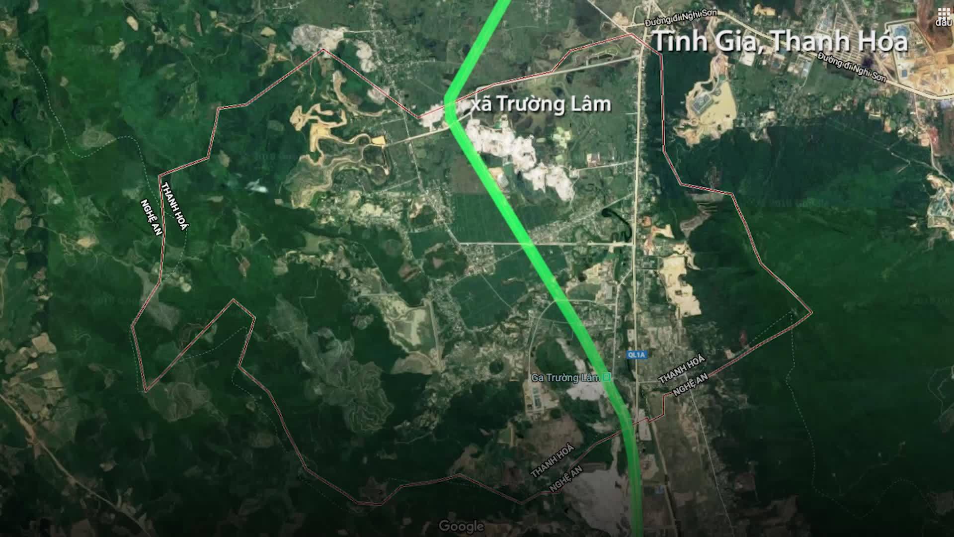Đường sắt Bắc Nam tê liệt do tai nạn lật tàu ở Thanh Hóa