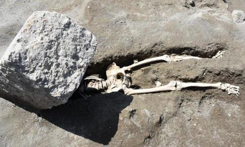 Người đàn ông vỡ đầu trong thảm họa núi lửa 2.000 năm trước