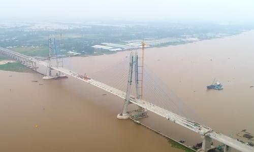 Cầu Vàm Cống bị nứt do chất lượng đường hàn