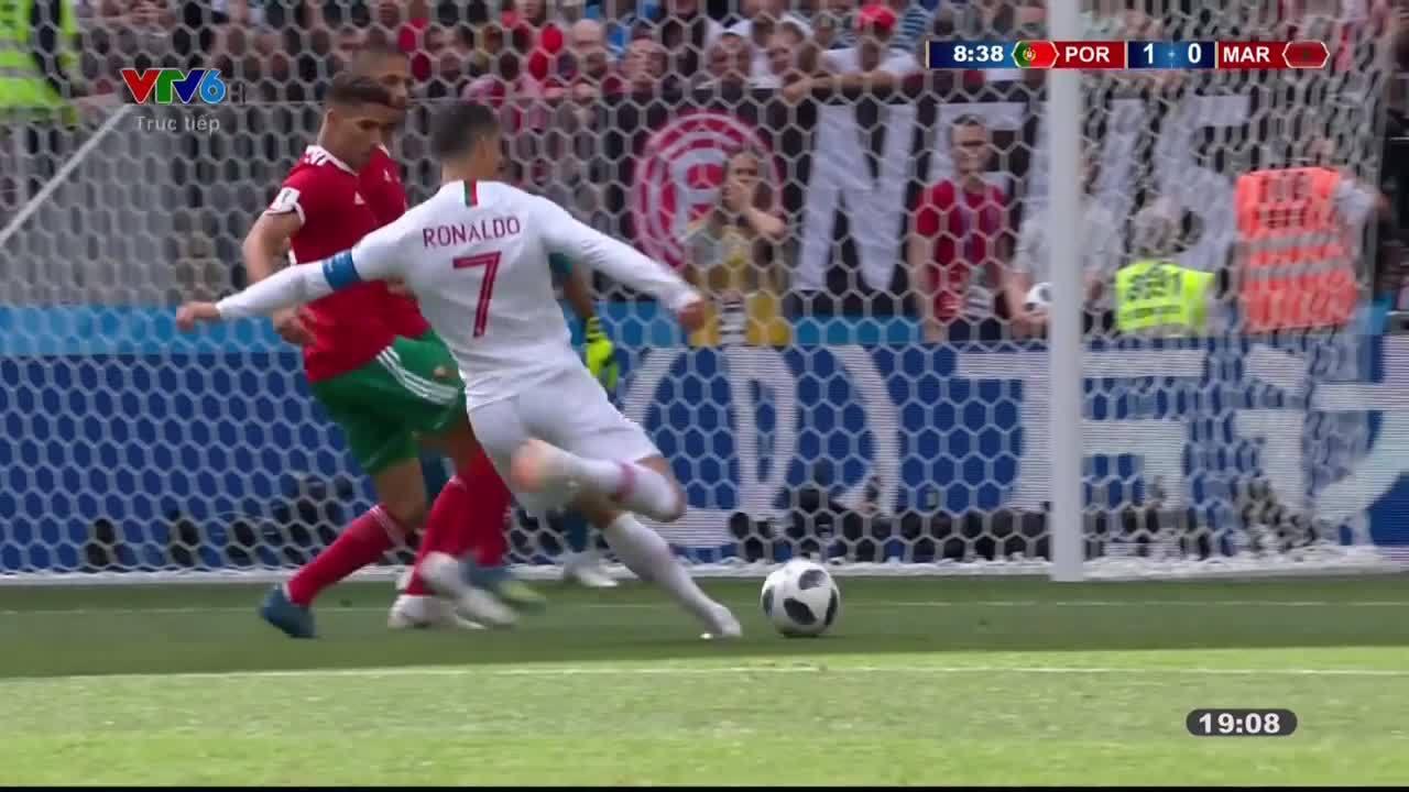 Trọng tài thiên vị nên Bồ Đào Nha mới hạ được Morocco?
