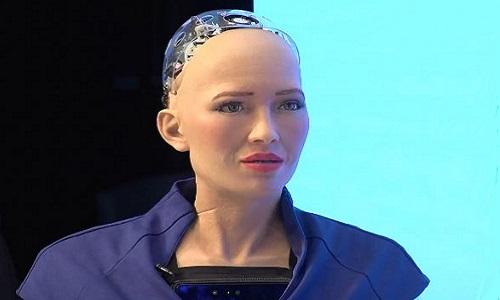 Robot Sophia trò chuyện với trưởng đặc khu Hong Kong