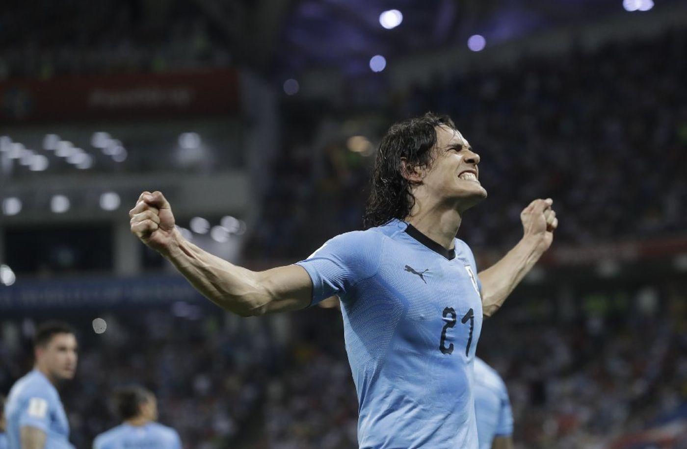 Uruguay 2-1 Bồ Đào Nha