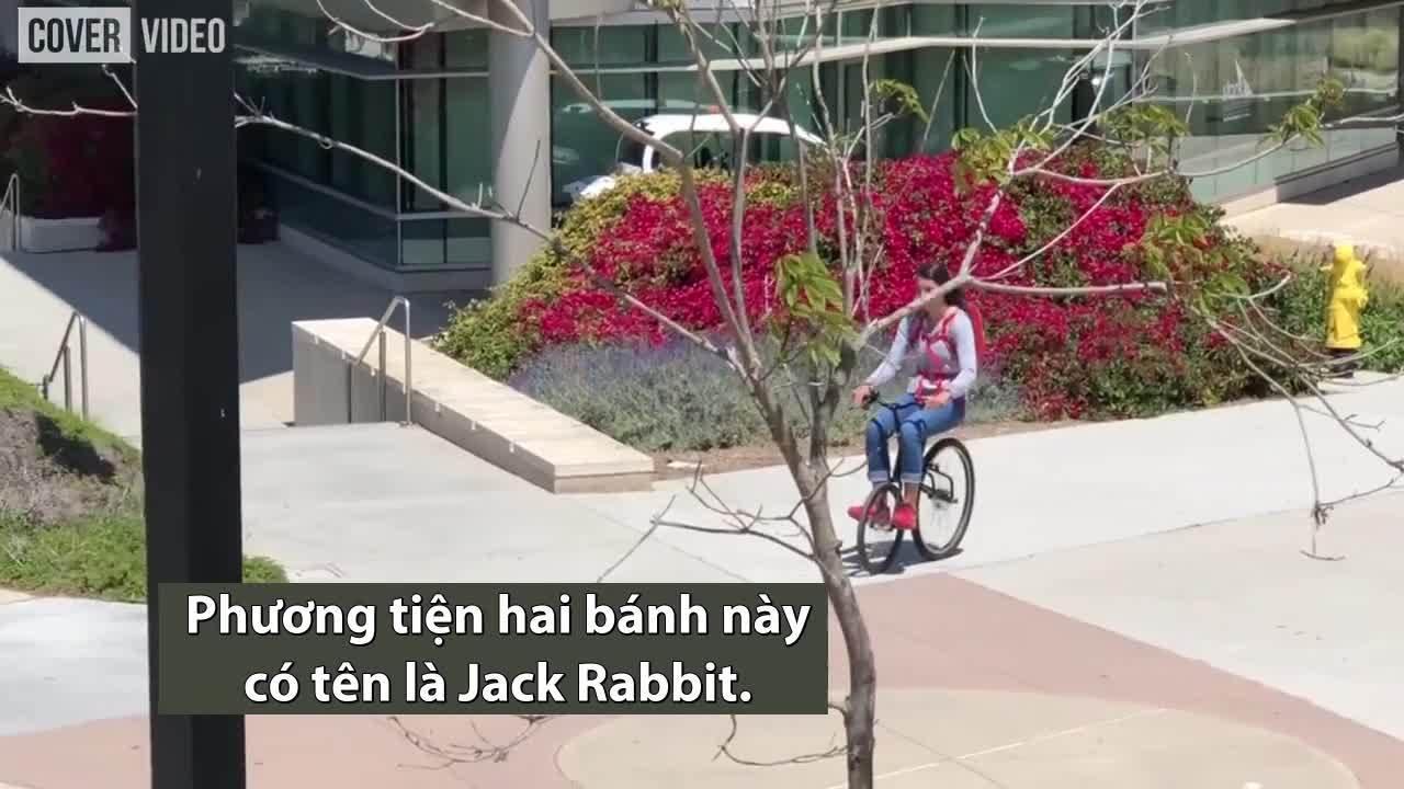 Xe điện bánh lệch giúp di chuyển trong thành phố