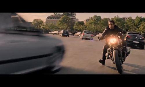 Tom Cruise phi môtô ngược chiều trong 'Mission: Impossible 6'