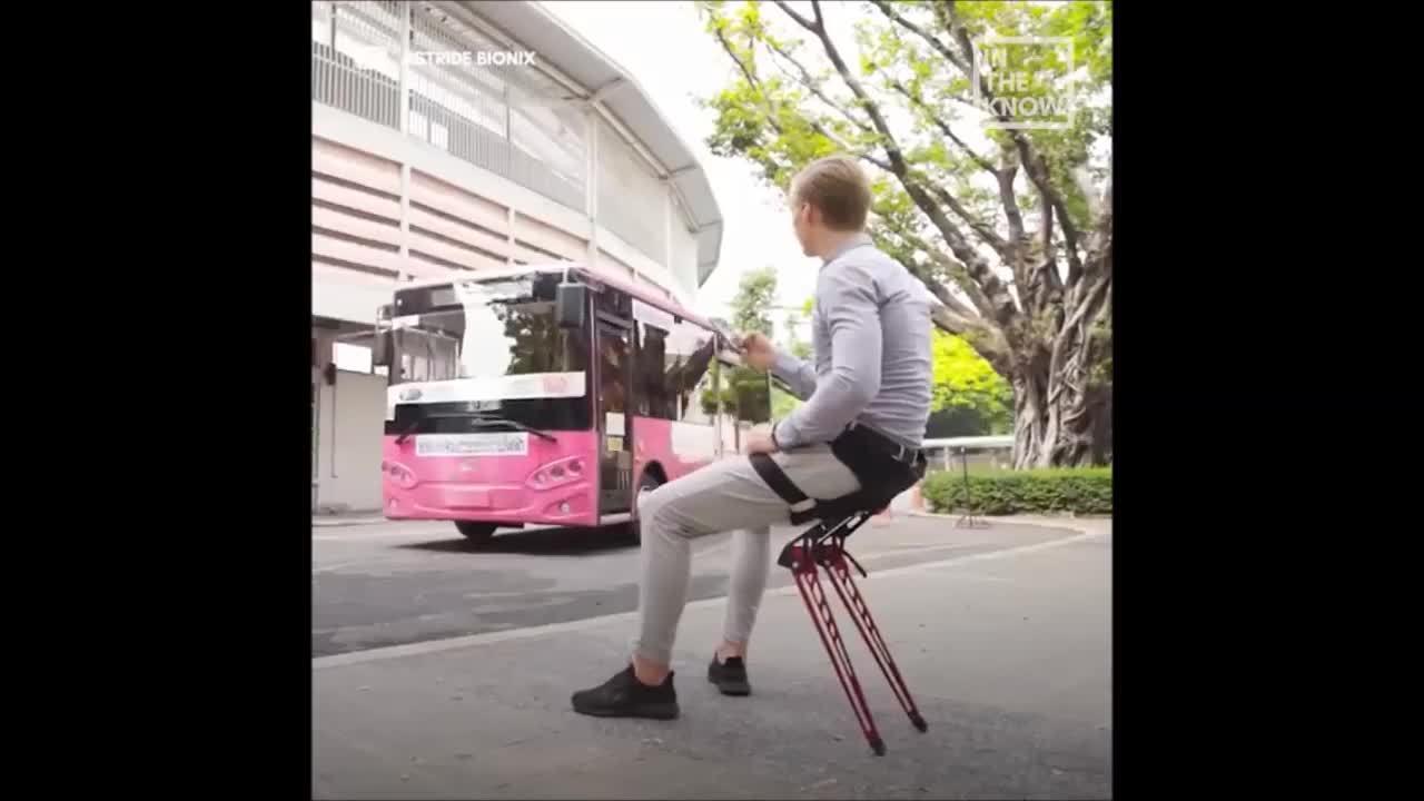 Thiết bị đeo trên người có thể biến thành ghế ngồi