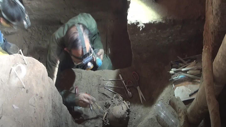 Những di vật trong hang núi lửa có xương người tiền sử ở Đak Nông