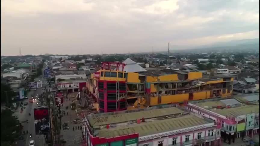 Hậu quả động đất và sóng thần Indonesia nhìn từ trên cao