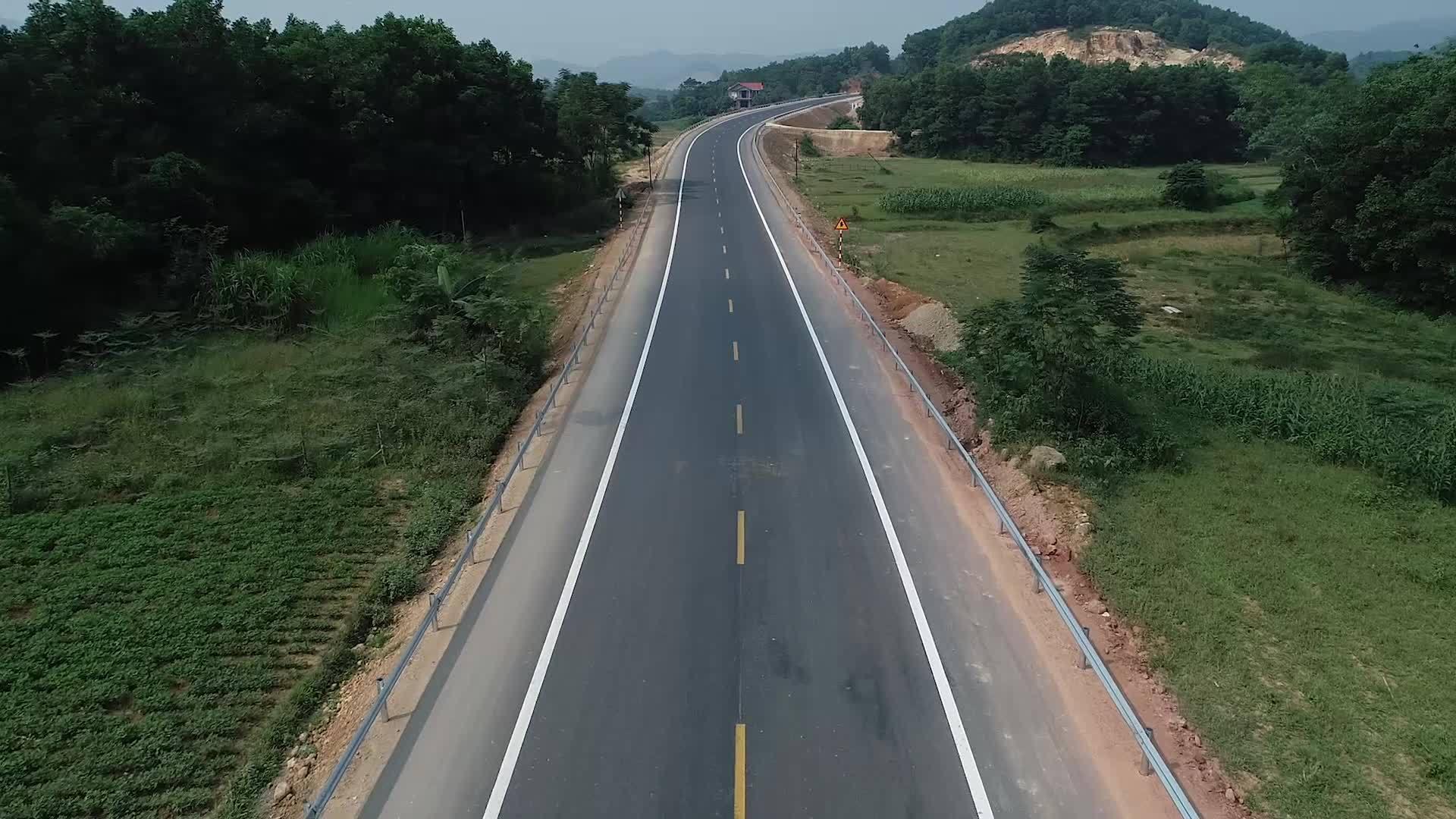 Đường 2.700 tỷ nối Hà Nội và Hòa Bình hoàn thiện