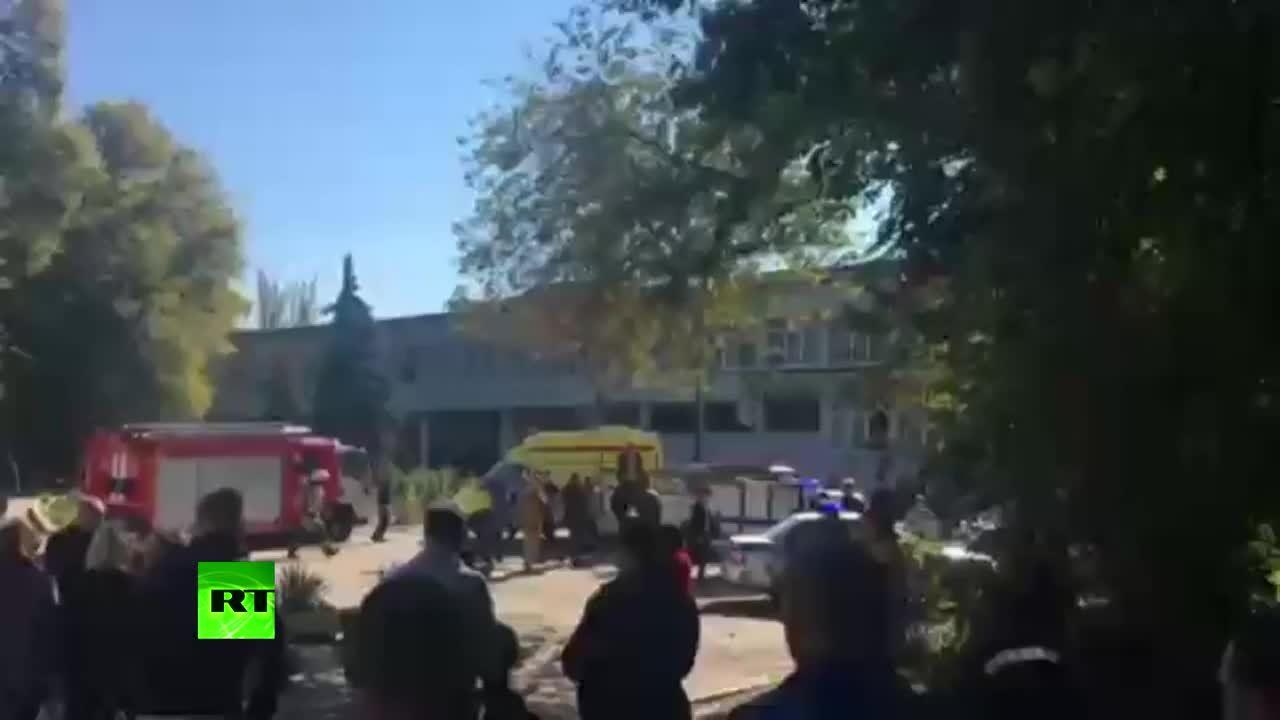 Đánh bom và xả súng tại trường học Crimea, 13 người chết