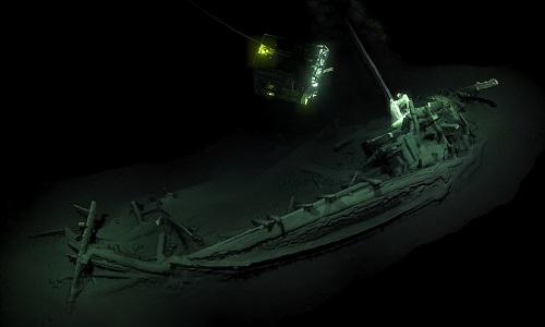 Xác tàu cổ nhất thế giới nguyên vẹn sau 2.400 dưới đáy Biển Đen