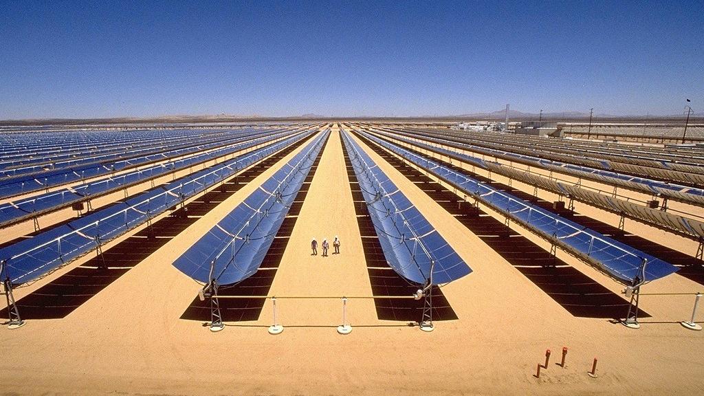 Những gì xảy ra nếu phủ kín sa mạc Sahara bằng pin Mặt Trời