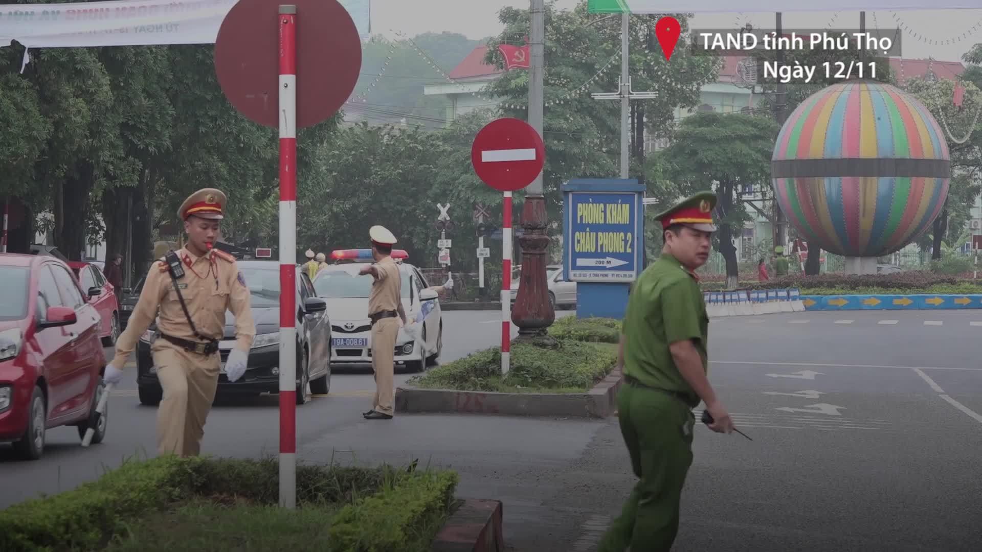 Xét xử đường dây đánh bạc nghìn tỷ: Đoàn xe chở cựu tướng công an và 91 bị cáo đến hầu tòa