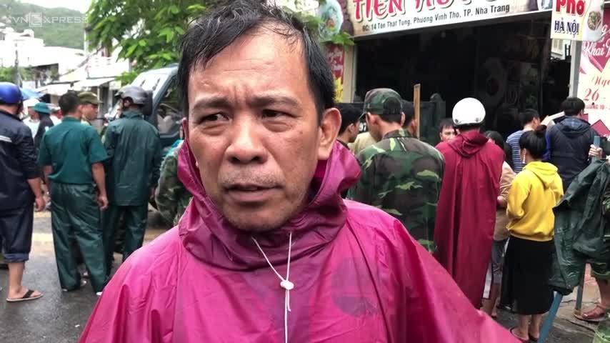 Sau mưa lũ chết người: Cố lên nhé, Nha Trang