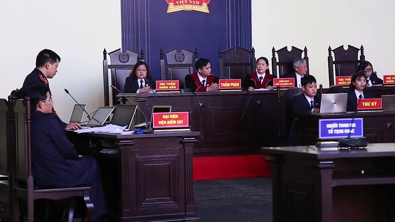 Đại diện VKS đối đáp với luật sư