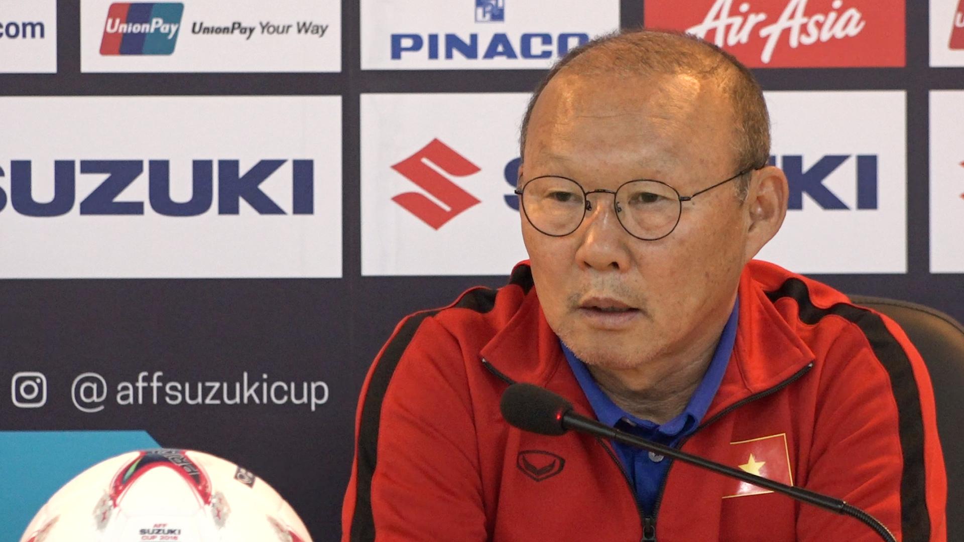 'HLV Myanmar nên xem lại khi nói ông Park có hành vi đáng xấu hổ'