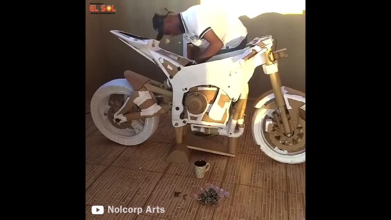 Chế tạo môtô Kawasaki ZX-10R từ bìa carton