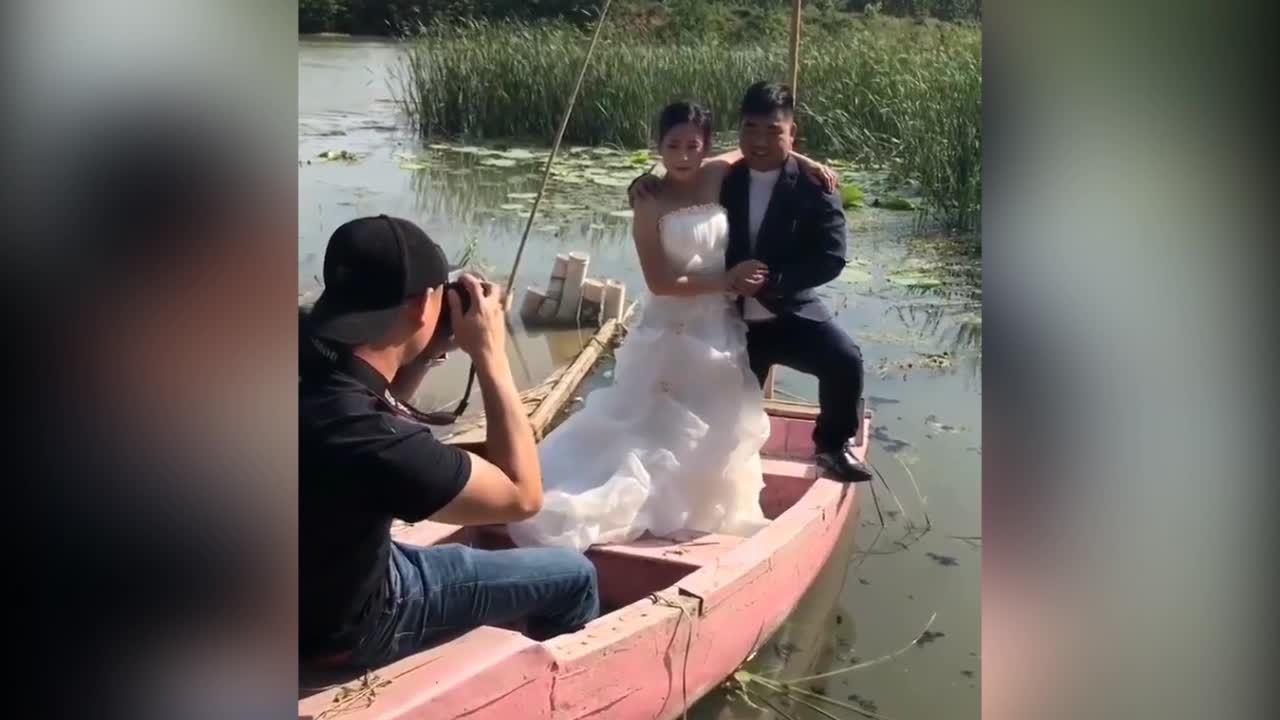 Cặp đôi ngã xuống nước khi chụp ảnh cưới