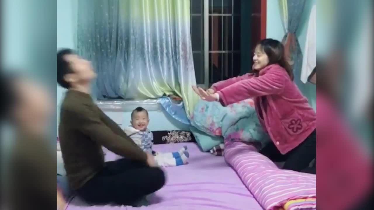 Mẹ trẻ tung 'Hàng long thập bát chưởng' đánh bại hai bố con