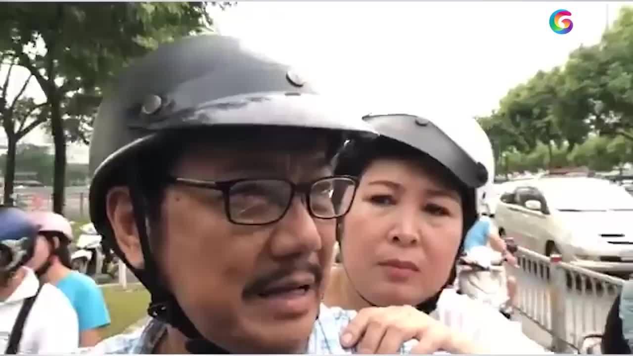 Hậu trường hài hước cảnh đi xe máy trong phim Việt