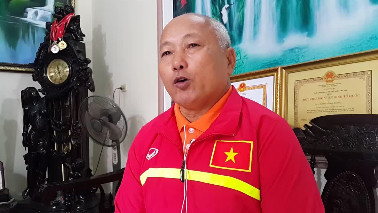 Bố mẹ các cầu thủ xứ Nghệ tin Việt Nam sẽ 'ca khúc khải hoàn' ở AFF Cup