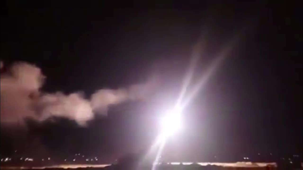 Báo Israel nói cuộc không kích lễ Giáng sinh là nỗi hổ thẹn với Syria