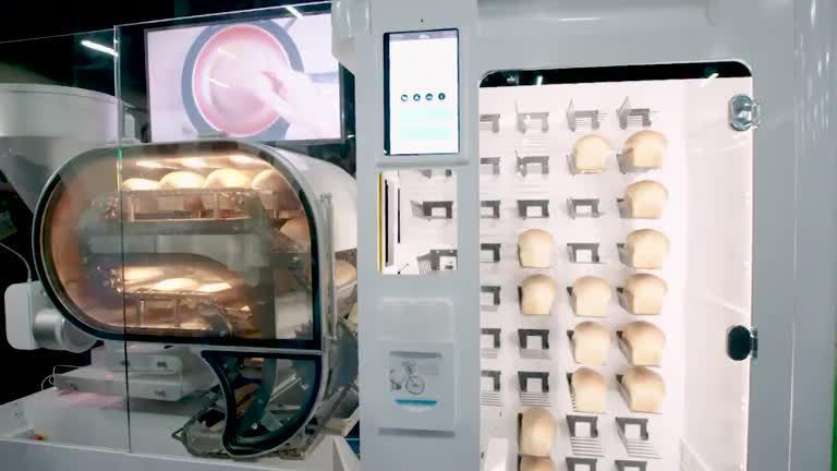 Máy bán hàng tự làm 10 ổ bánh mì tươi mỗi giờ