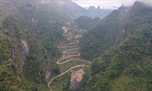 Đèo 14 tầng ở  Cao Bằng