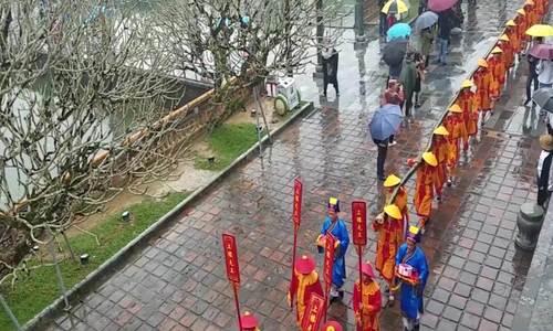 Huế tái hiện Lễ dựng nêu trong Hhoàng cung triều Nguyễn