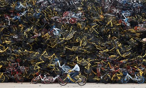 Nghĩa địa hàng nghìn chiếc xe đạp ở Trung Quốc