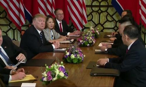 Tổng thống Trump nhắc phóng viên không cao giọng với Chủ tịch Triều Tiên