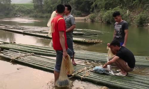 Tục lệ cấm đánh cá sông bừa bãi của người Thái ở Quan Sơn