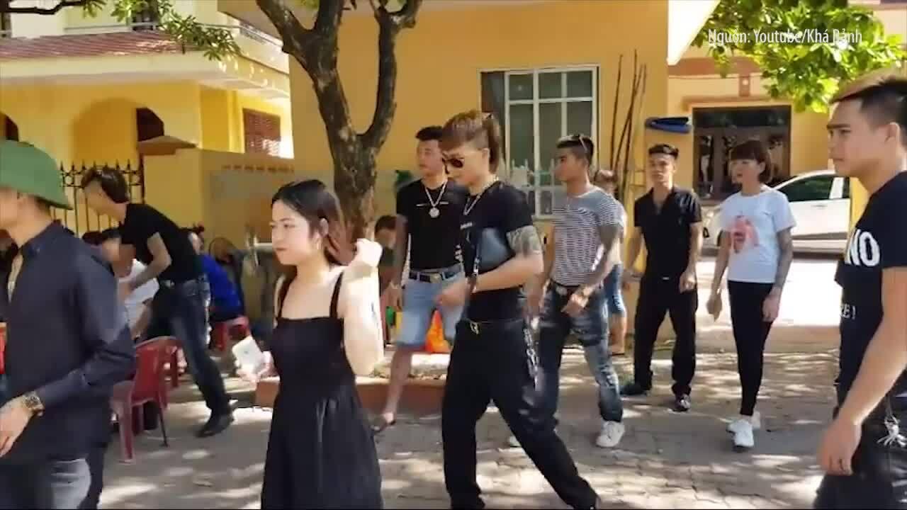 Khá Bảnh bị bắt, khám nhà