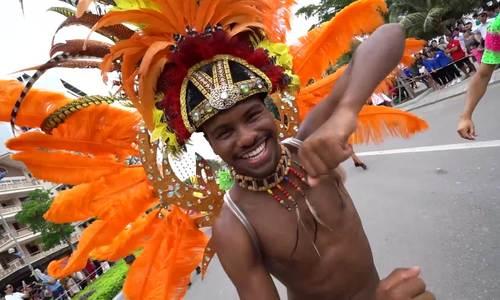 Carnival đường phố khuấy động phố biển Sầm Sơn