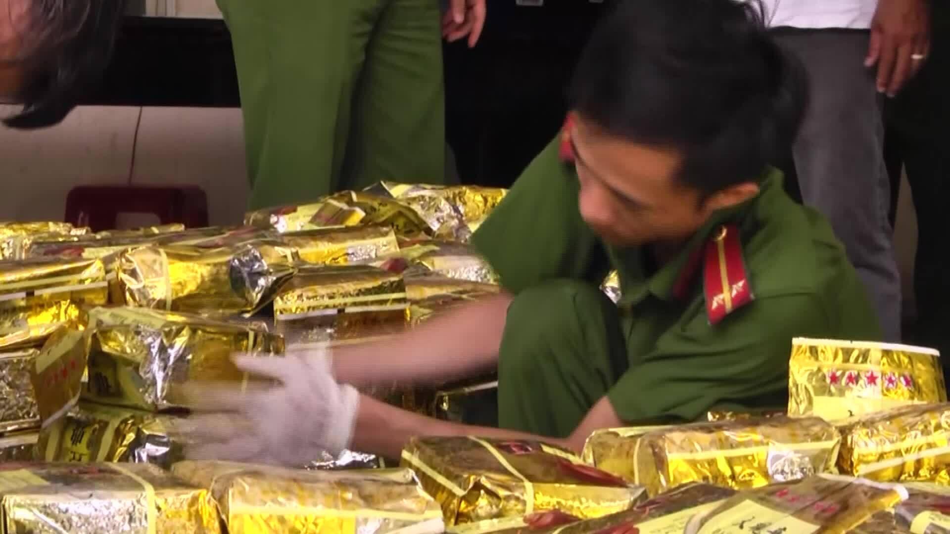 Công an TP HCM bắt hơn 1,1 tấn ma tuý