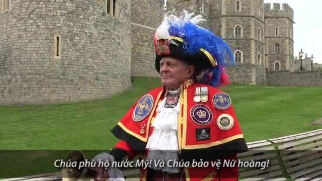 Người Anh hân hoan trước sự ra đời của con trai Hoàng tử Harry