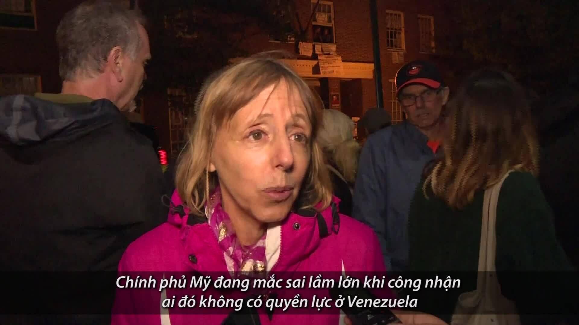 Những người bị ép rời đại sứ quán Venezuela lên án chính quyền Mỹ