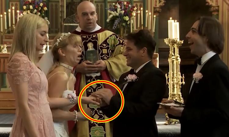 Cô dâu bị cướp chồng tại hôn lễ vì không đeo vừa nhẫn cưới
