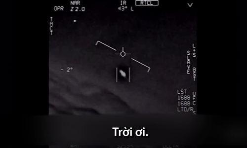 Phi công hải quân Mỹ nhìn thấy UFO năm 2015