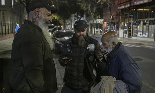 Những người đàn ông 'râu dài, bặm trợn' Argentina giúp đỡ người nghèo