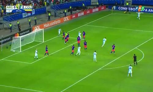 Messi bỏ lỡ cơ hội
