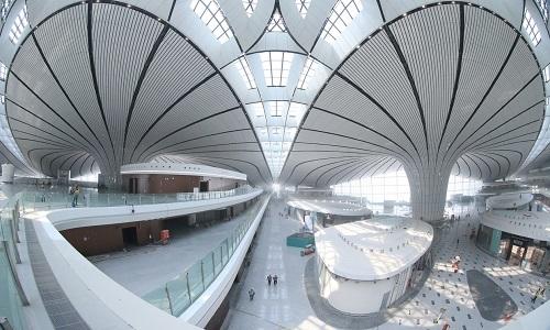 Khung cảnh bên trong sân bay lớn nhất thế giới ở Trung Quốc