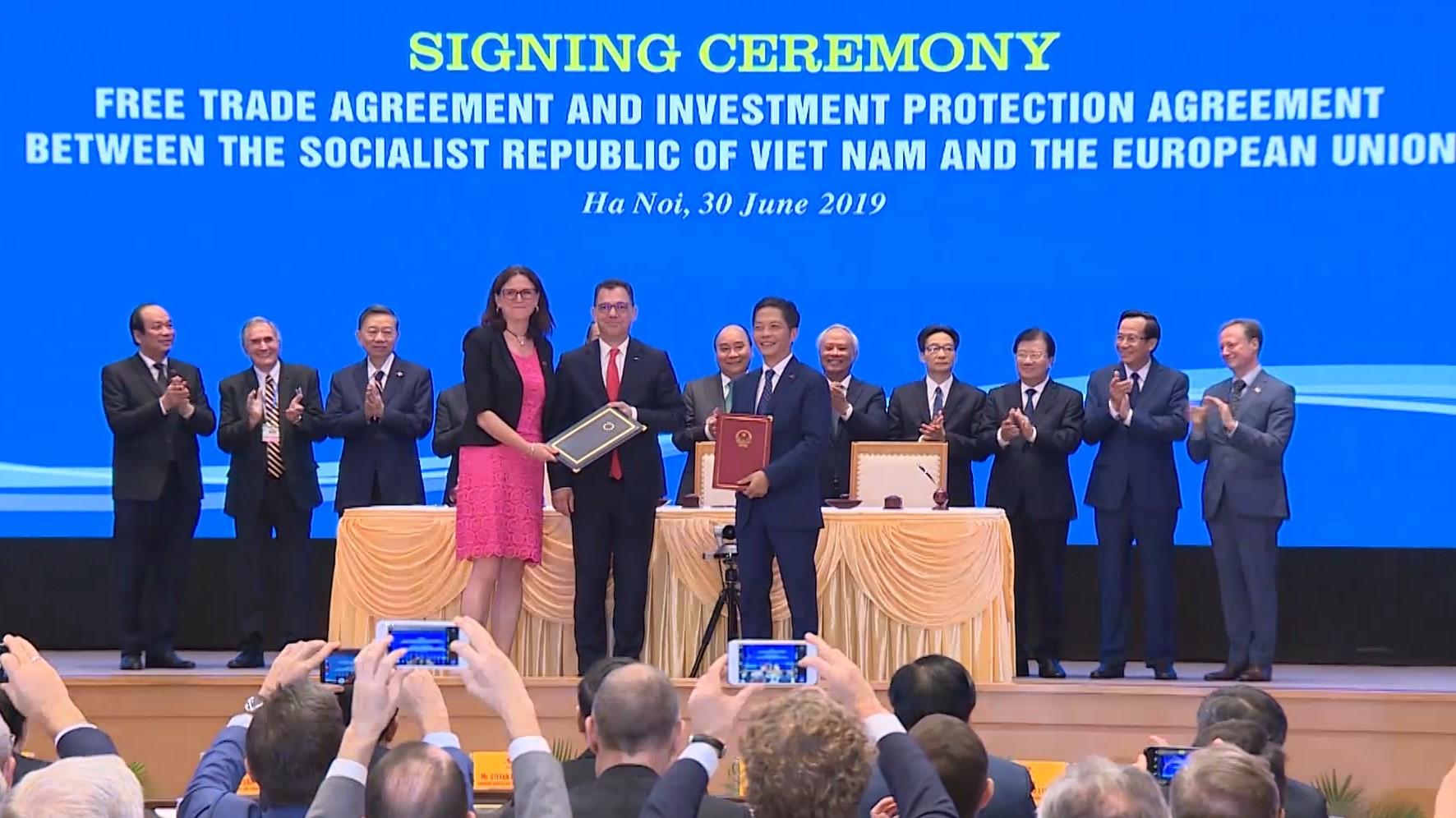Thủ tướng: Hiệp định Thương mại Việt Nam- EU như đường cao tốc hiện đại