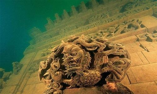 Thành phố nguyên vẹn nghìn năm dưới đáy hồ Trung Quốc