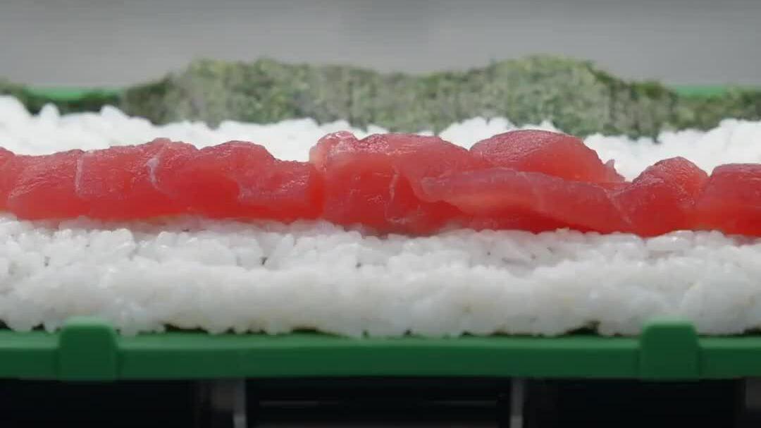 Những cỗ máy làm sushi siêu tốc