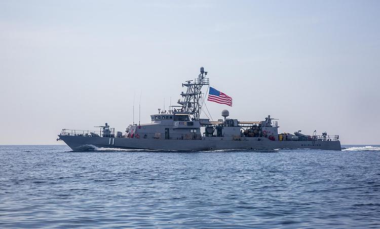 Bên trong chiến hạm Mỹ ngày đêm tuần tra ngoài khơi Iran