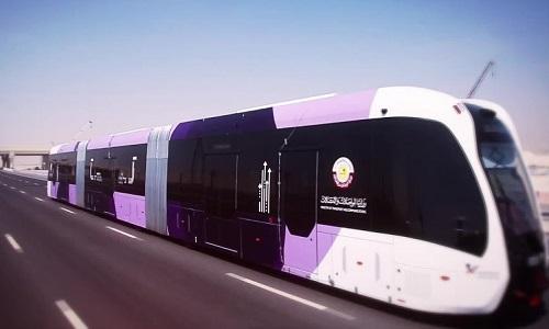 Tàu không đường ray của Trung Quốc chạy thử nghiệm ở Qatar