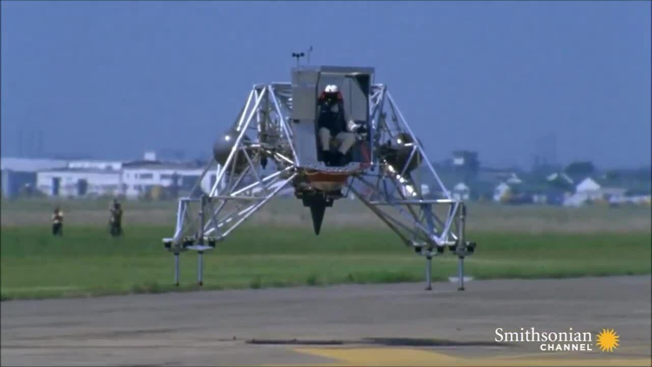 Sự cố suýt lấy mạng Neil Armstrong khi tập đáp xuống Mặt Trăng