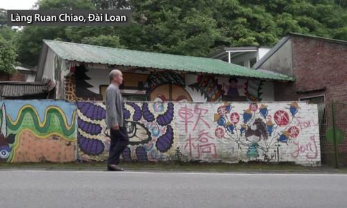 Họa sĩ Đài Loan vẽ tranh tường thu hút du khách để người già bớt cô đơn