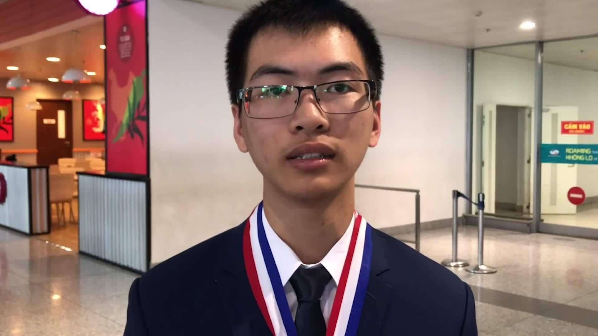 Nam sinh Thanh Hóa đổi màu huy chương Olympic Hóa học quốc tế